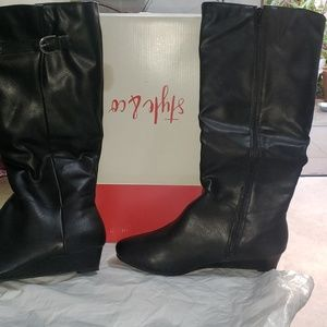 Style & Co boots size 10